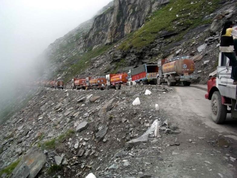 Leh–Manali Highway.jpg