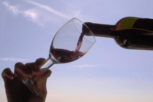 vino_e_bicchiere.jpg