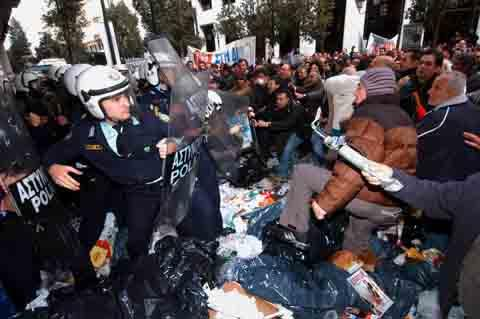 Manifestazioni_Islanda.jpg